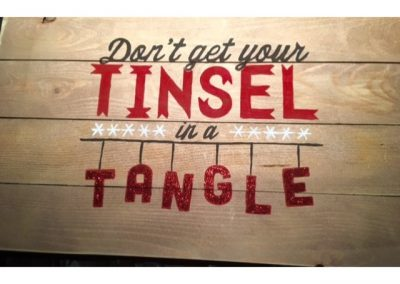 Dont-get-your-tinsel-in-a-tangle-3