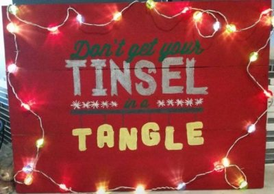 Dont-get-your-tinsel-in-a-tangle