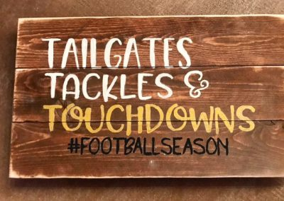 Tailgates-and-touchdowns