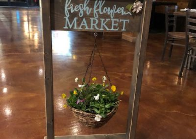 Reversible Flower Stand